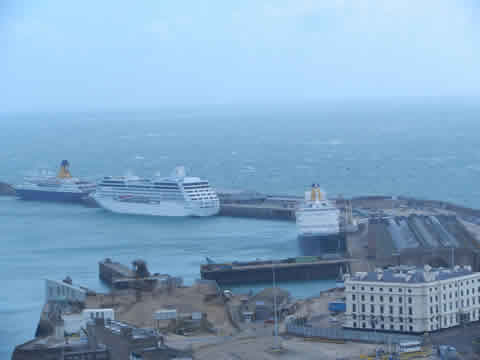 Dover's 3 Cruise Terminals Fully Occupied