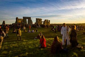 stonehenge summer solstice sunrise