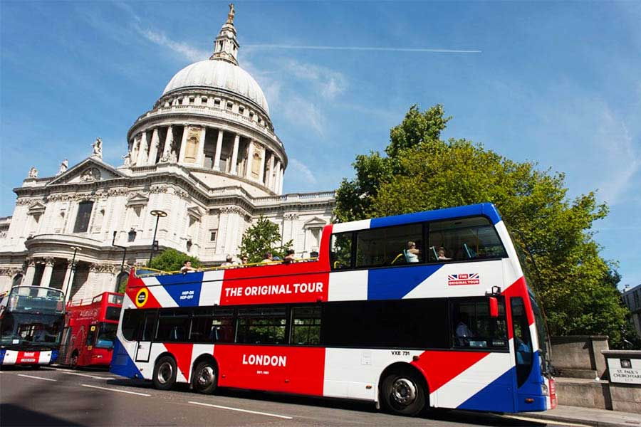 Hop on hop off buses are the first option for the best London tours