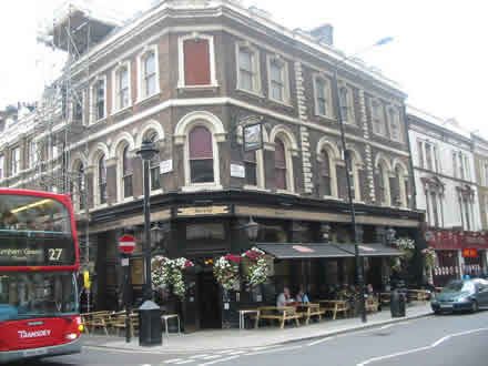 How Far Is Euston Station From Park Plaza Hotel London