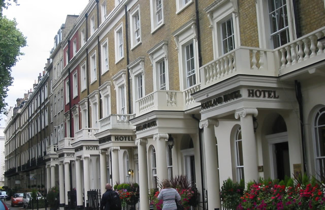 Bed And Breakfast Around Victoria Station London